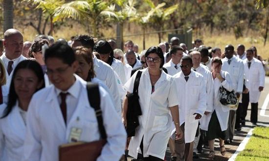 Resultado de imagem para imagem de anchieta patriota e medicos cubanos