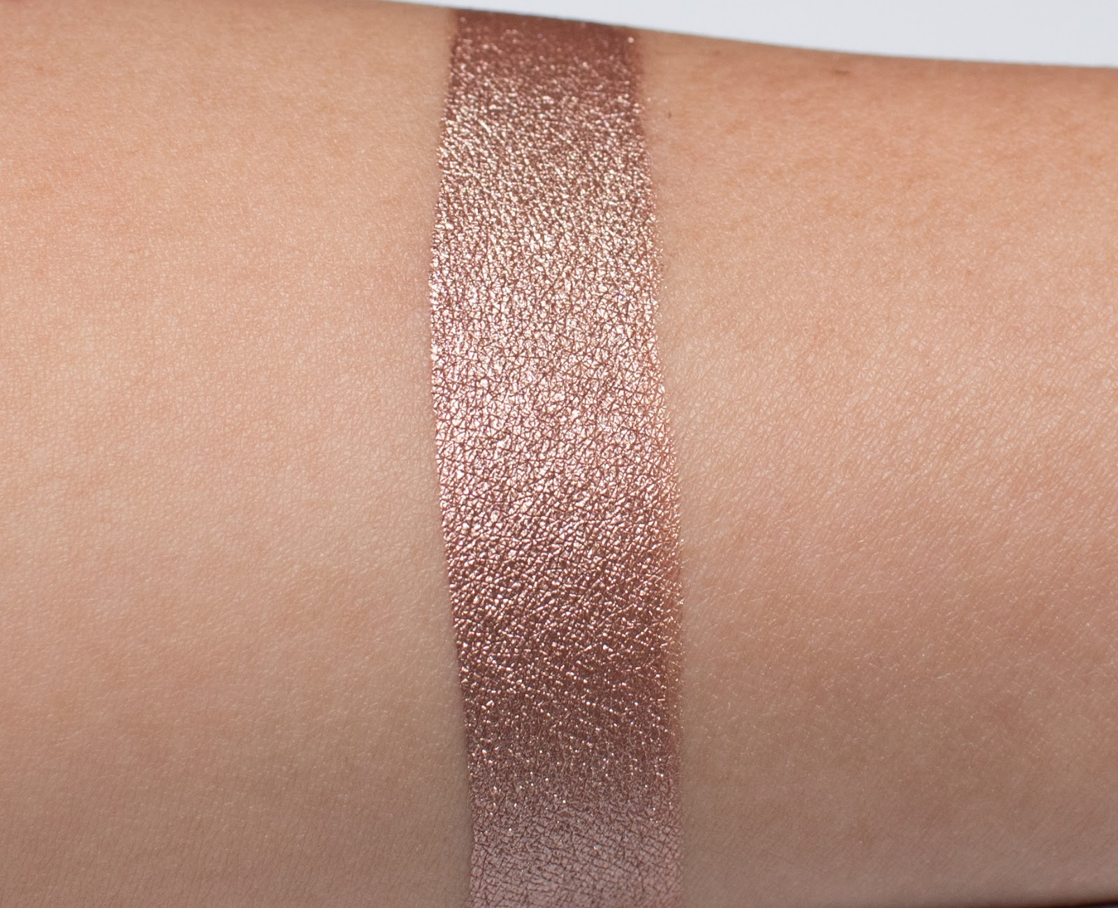 Stila Shimmer and Glow Liquid Eyeshadow in Grace Swatch