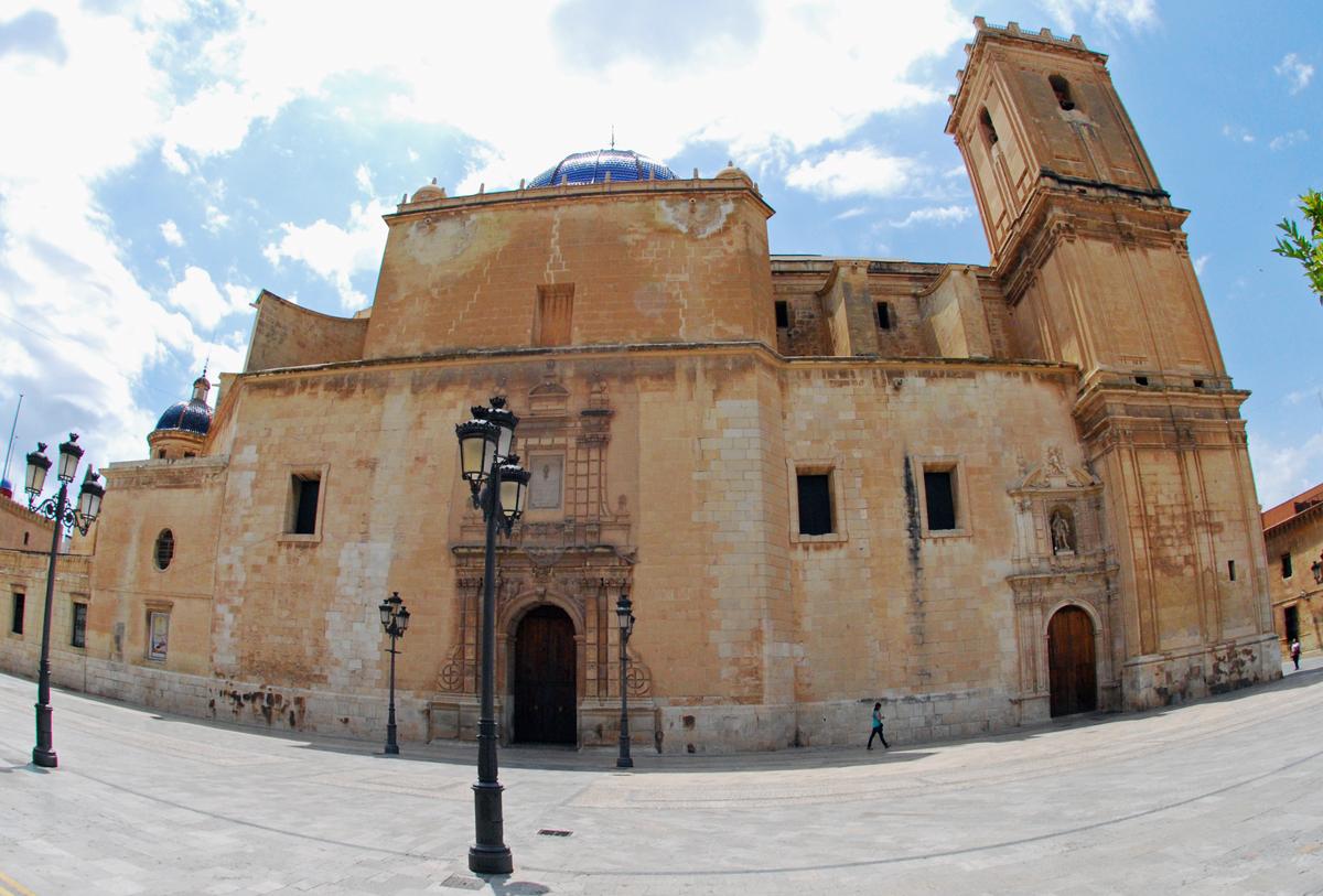 Basilica de Santa Maria - Elche Spain