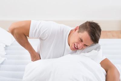 mengatasi sakit punggung ketika bangun tidur