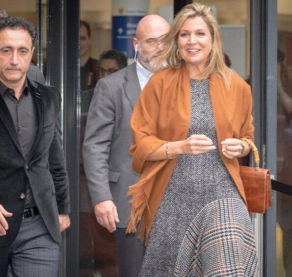 Queen Maxima wore OSCAR DE LA RENTA Asymmetrical Flannel Tweed Midi Dress