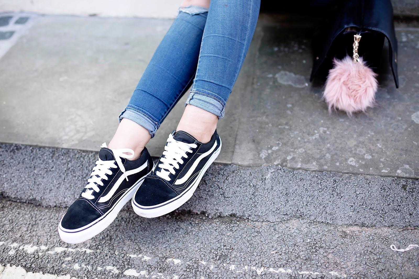 Style, Fashion, Outfit, Primark, High Street, Spring, Spring Fashion, pink suede jacket, pink jacket outfit, ripped jeans, petite fashion, dizzybrunette3 fashion,