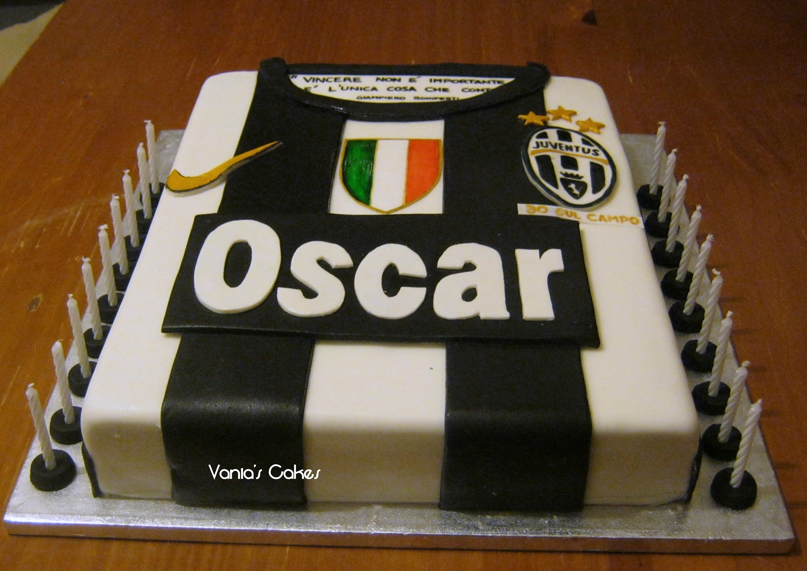 Vania S Cakes Juventus Cake