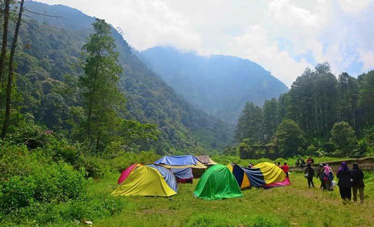 6 Destinasi Wisata Alam di Bandung dengan Keindahan Tak Tergantikan