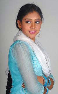 Neethi Taylor from kaliyugam