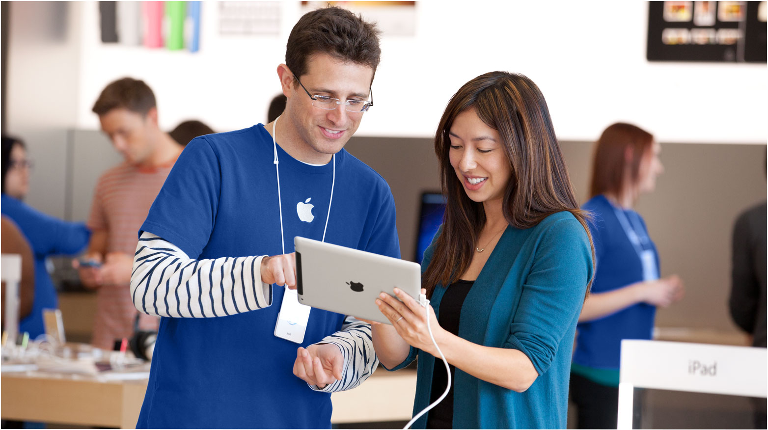 apple relationship marketing