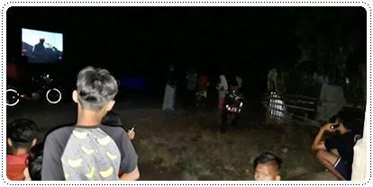 TNI Membaur dengan Rakyat