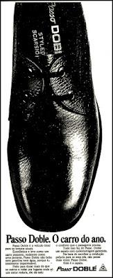 sapato masculino Passo Doble,   moda anos 70.  Os anos 70. propaganda anos 70; história da década de 70; reclames anos 70; brazil in the 70s; Oswaldo Hernandez