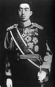 kaisar hirohito bertanggung jawab terhadap pembunuhan 300 000 orang cina