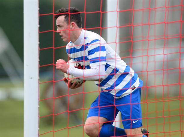 Brandons Adam penyerang QPR yang sangat tenang di depan pintu gol