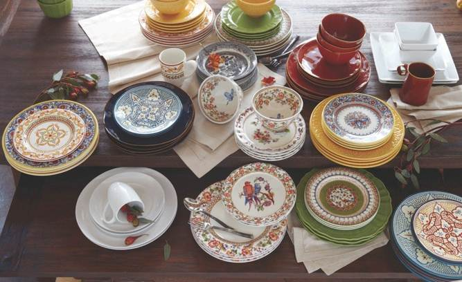 How To Mix And Match Plates Apartment Therapy. Holiday Table Setting Ideas : dinnerware mix and match - pezcame.com