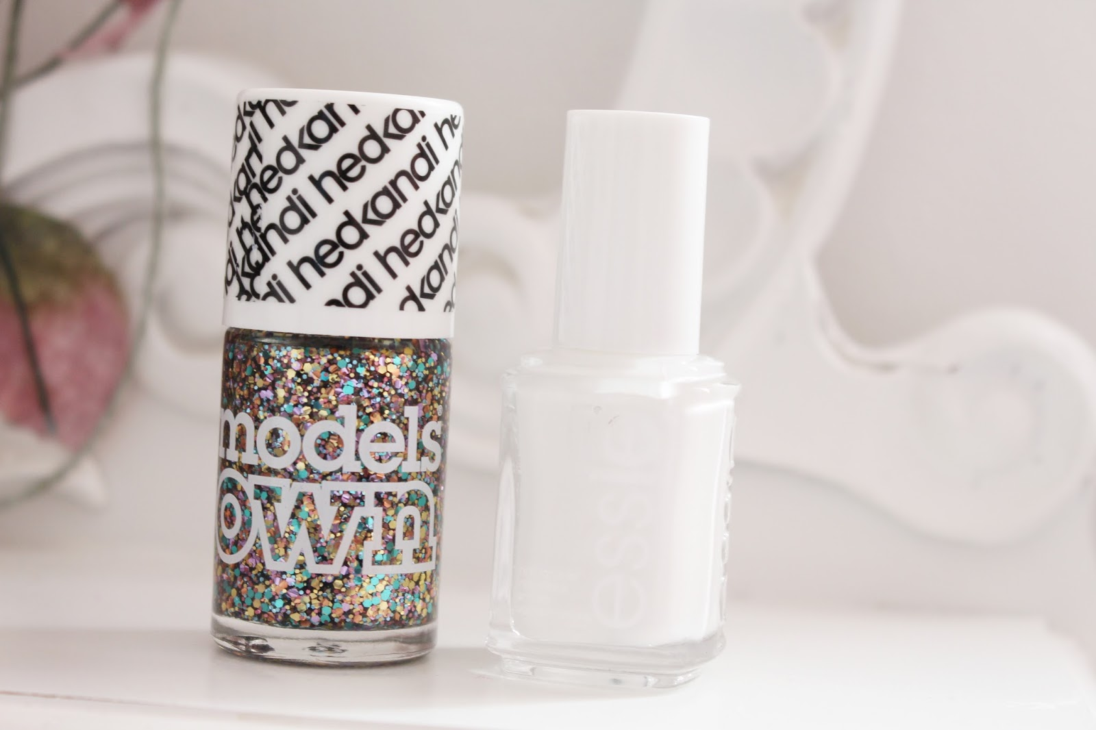 Models Own - Ibiza Mix | Essie - Blanc