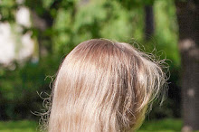 Włosy puszyste a włosy spuszone. Poznaj różnicę