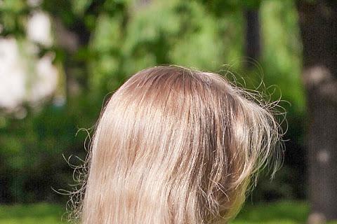 Włosy puszyste a włosy spuszone. Poznaj różnicę - czytaj dalej »