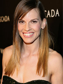 HILARY SWANK DECLARES ENGAGEMENT TO PREVIOUS TENNIS STAR  - HOLLYWOOD NEWS