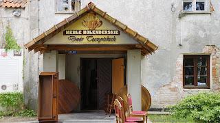 http://fotobabij.blogspot.com/2016/06/konskowola-dwor-eczynskich-meble.html