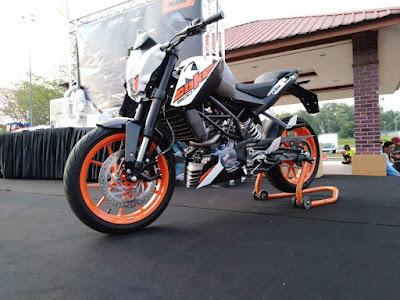MOTOR MALAYSIA KTM DUKE 200 2018 MALAYSIA BERHARGA RM11,888