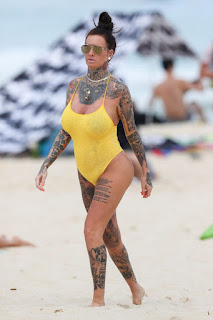 Jemma-Lucy-was-pictured-in-a-yellow-swimsuit-at-a-beach-in-Sydney.-s6vgkq5tp4.jpg