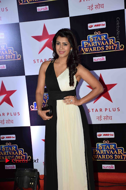 Star Parivaar Awards 2017 Red Carpet Stills .COM 0042.jpg