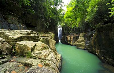 Objek Wisata Air Terjun Cunca Wulang Flores