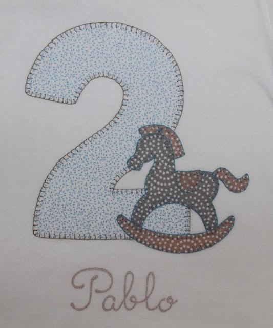 camiseta de cumpleaños 2 años caballito