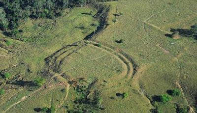 Misteri Ratusan Pekerjaan Tanah Mirip Stonehenge di Amazon
