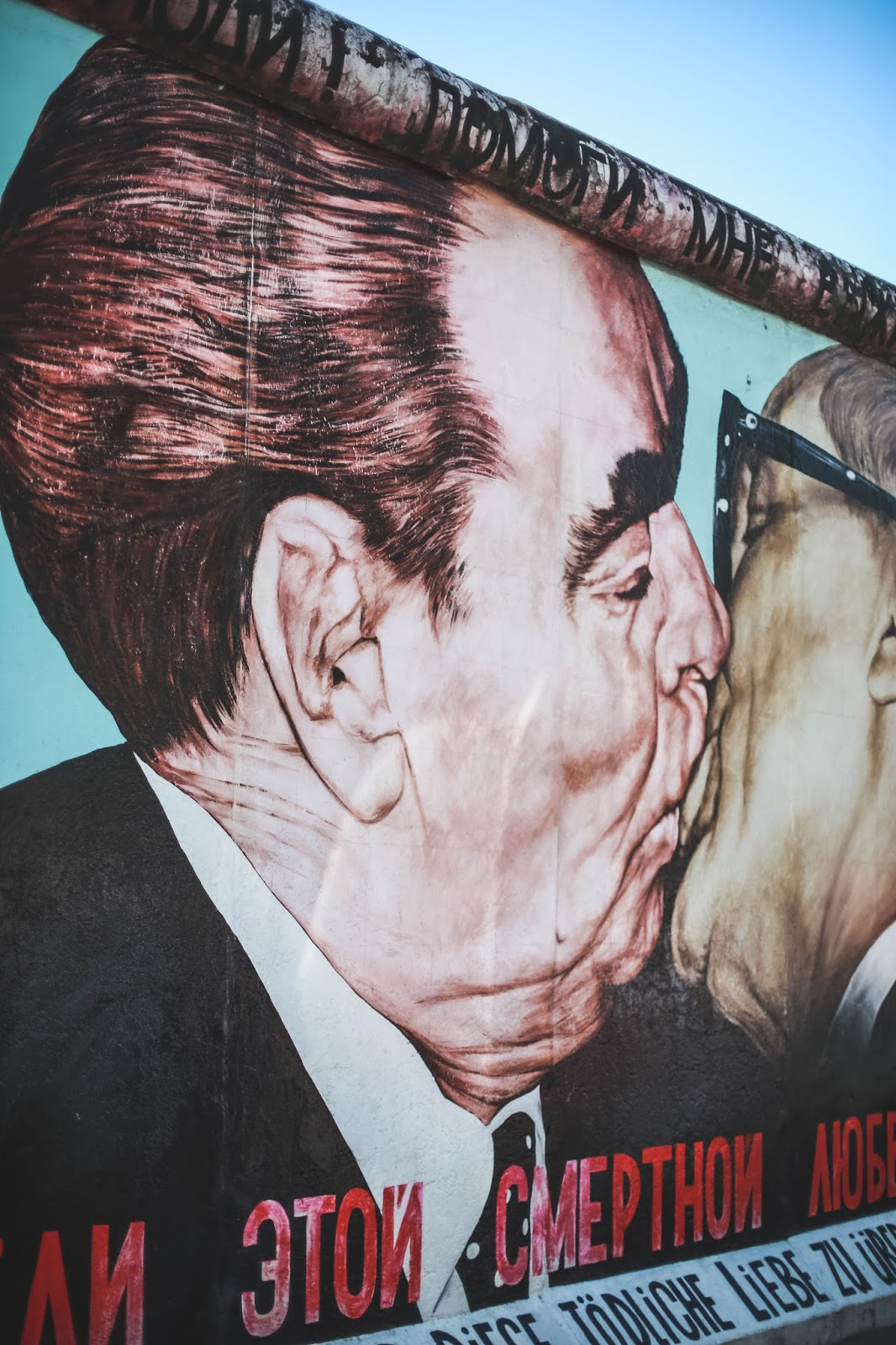 le baiser brejnev honecker