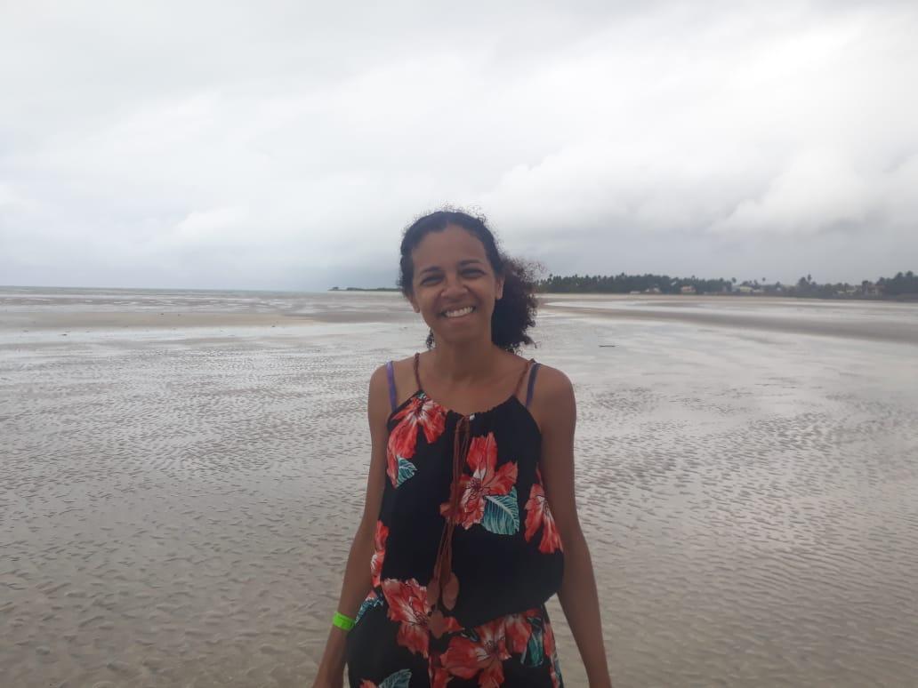 Paripueira com sua extensa faixa de areia e mar rasinho
