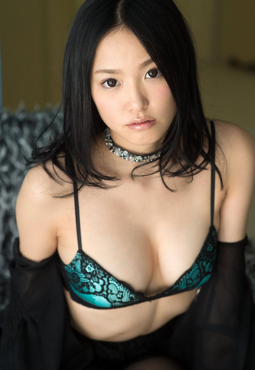 ai yuzuki sexy naked pics 03