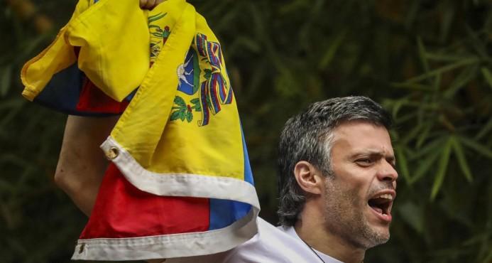 """Opositores venezolanos se concentran en Caracas por 100 días de """"resistencia"""""""