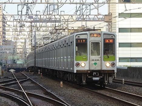 京王電鉄 各停 八幡山八幡山行き3 都営10-000形220F・230F・240F