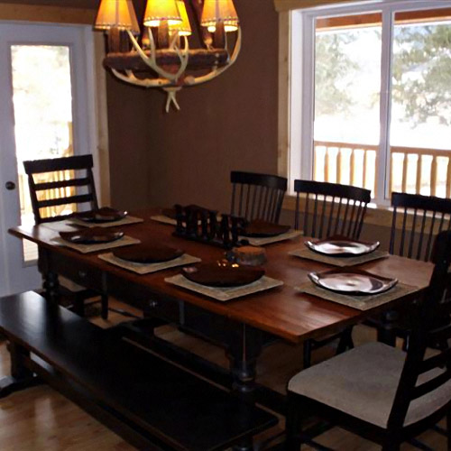 Small Dining Area Ideas: A Few Tricks To Make Your Dining Room Looks New