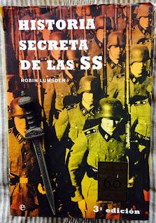 Portada del libro Historia secreta de las SS, de Robin Lumsden