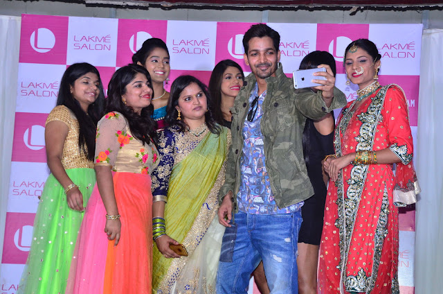 Bollywood Actor Harshvardhan Rane Inaugurates Lakme Salon at Mehdipatnam