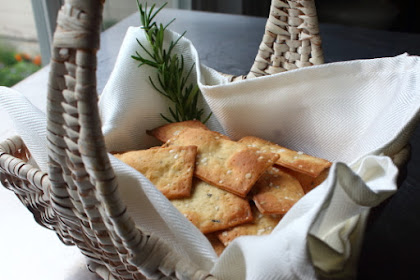 How to Make Fancy Crackers – Also Know every mo Crispy Rosemary Sea Salt Flatbreads