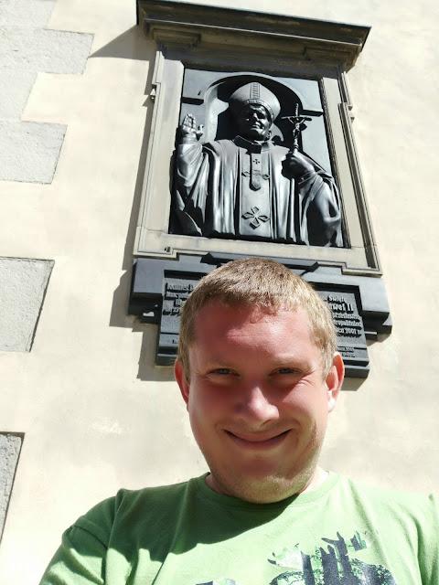 Pomniki Jana Pawła II - Lwów