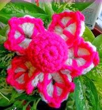 http://translate.googleusercontent.com/translate_c?depth=1&hl=es&rurl=translate.google.es&sl=en&tl=es&u=http://www.niftynnifer.com/2014/02/funky-flower-fridays-week-2-free-motif.html&usg=ALkJrhggFkWXrgkR68i8B9u4NKUvHKBIgA