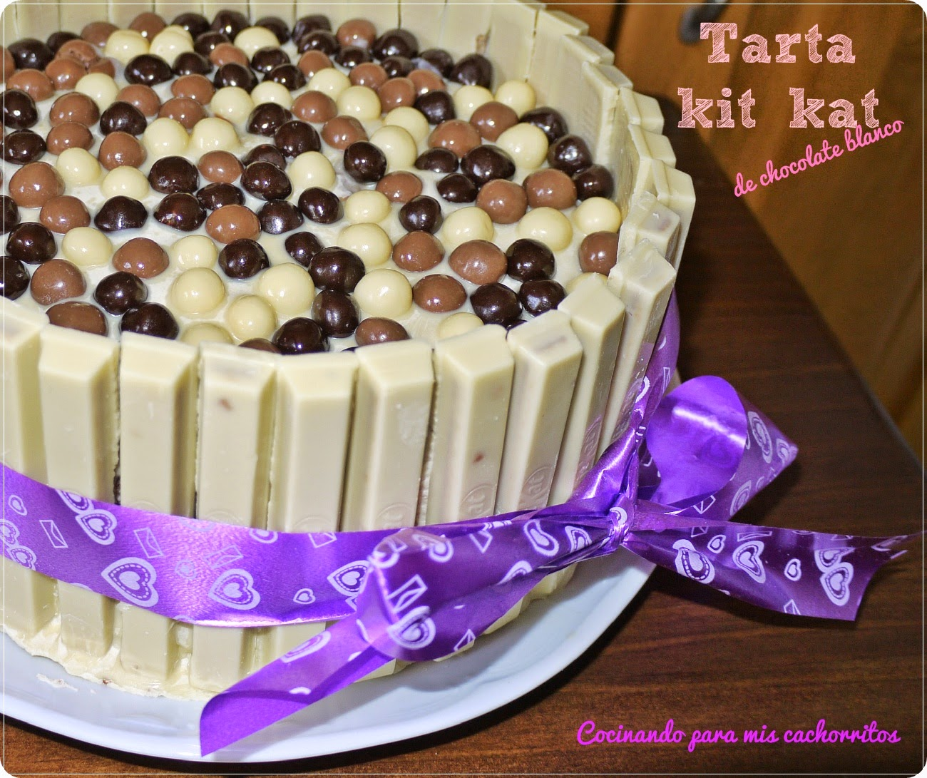 Tarta kit kat chocolate blanco