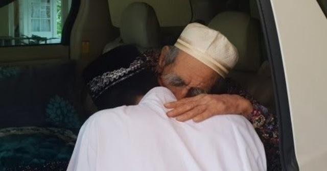 Kala Ustaz Abdul Somad Sowan ke Mbah Moen