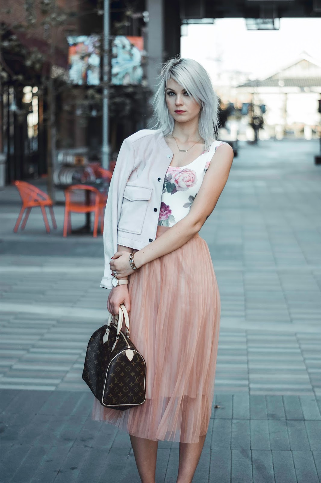 how to wear blush tones