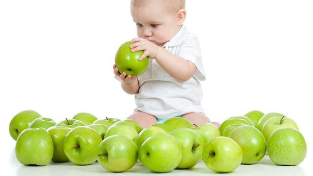 Waspadai-5-Bahaya-Makan-Apel-Berlebihan-Setiap-Hari