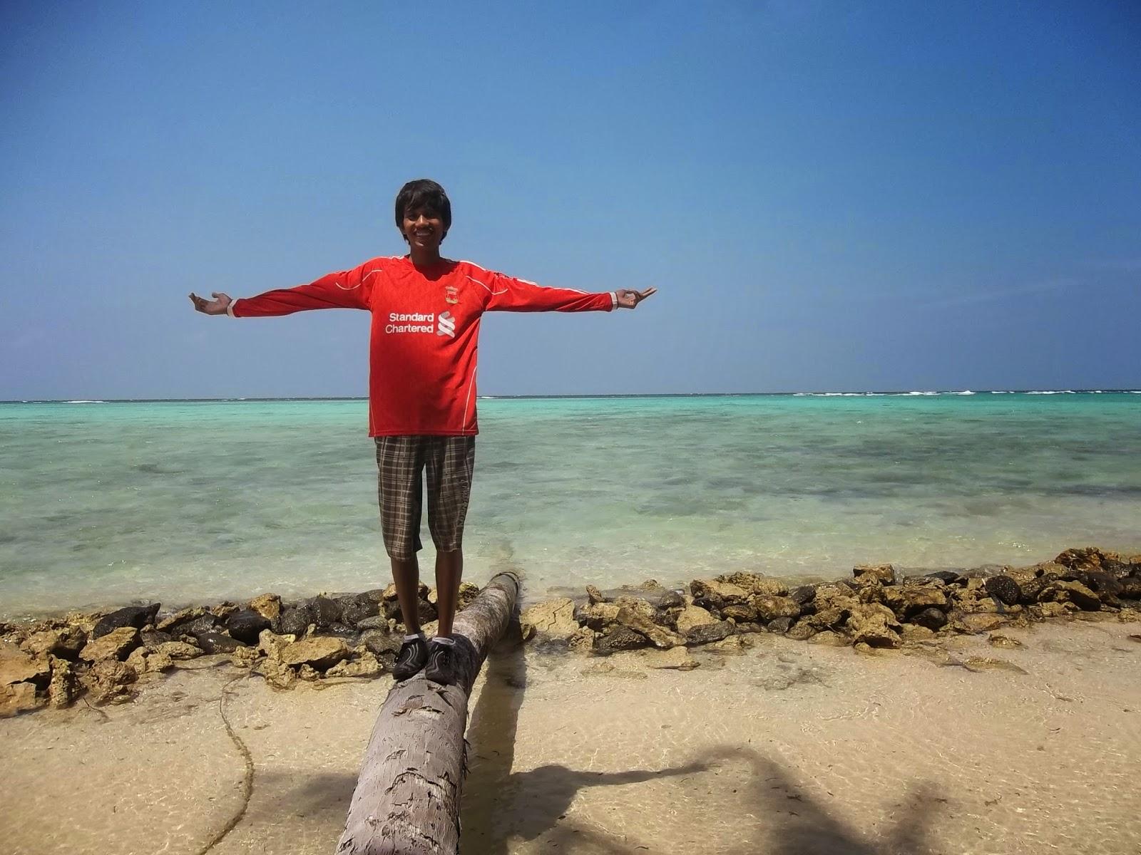 Disalah satu pantai Pulau Genting