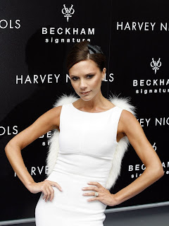 victoria at beckham signature