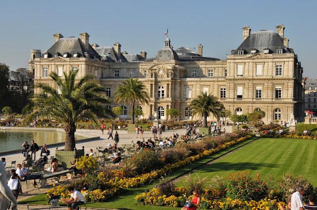 Caminhada no Jardin de Luxemburgo em Paris