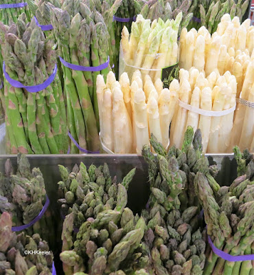 asparagus store display