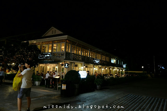 cafe di asiatique the riverfront bangkok