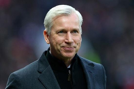 Pardew sẽ dẫn dắt Crystal Palace đạt tham vọng mùa tới.