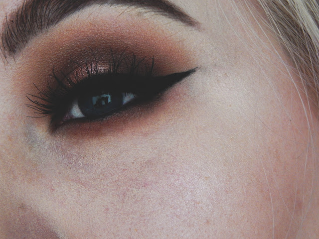 Smokey Evening Makeup Look