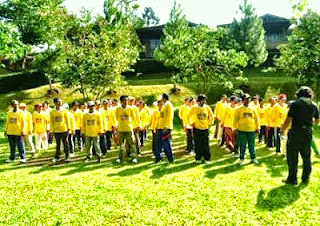 Paket Outbound di Puncak Bogor, Outbound di Bogor, Meeting, Gathering, Rafting, Paintball, Outbound puncak, leadership camp, kemping, LDK, rafting,  paintball, outbound indonesia