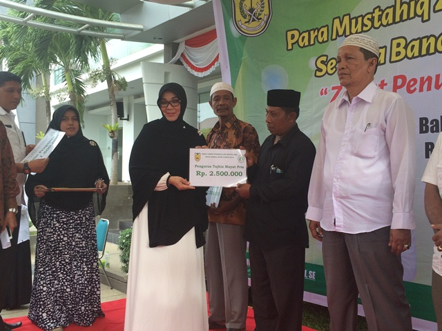 817 Fisabilillah di Banda Aceh Terima Zakat
